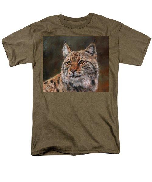 Eurasian Lynx Men's T-Shirt  (Regular Fit) by David Stribbling