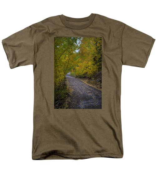 Fall Colors On Engineer Pass Men's T-Shirt  (Regular Fit) by Michael J Bauer