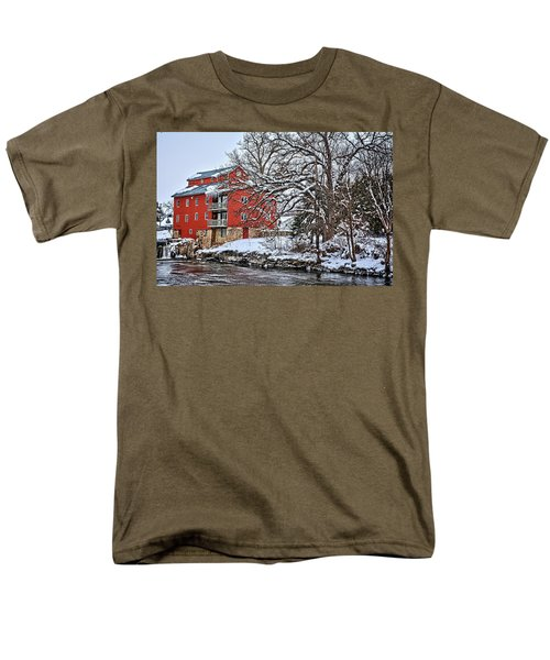 Fertile Winter Men's T-Shirt  (Regular Fit) by Bonfire Photography