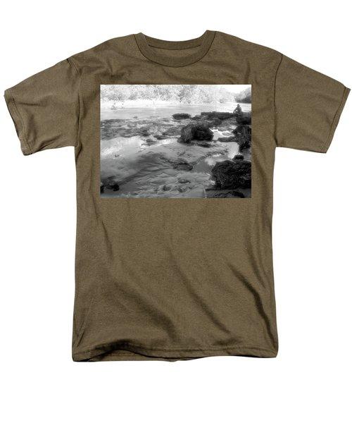Fishermen Men's T-Shirt  (Regular Fit) by Beto Machado