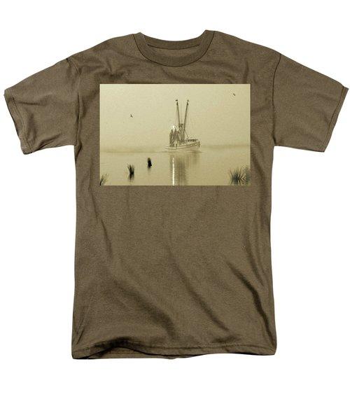 Foggy Evening Catch Men's T-Shirt  (Regular Fit) by Deborah Smith