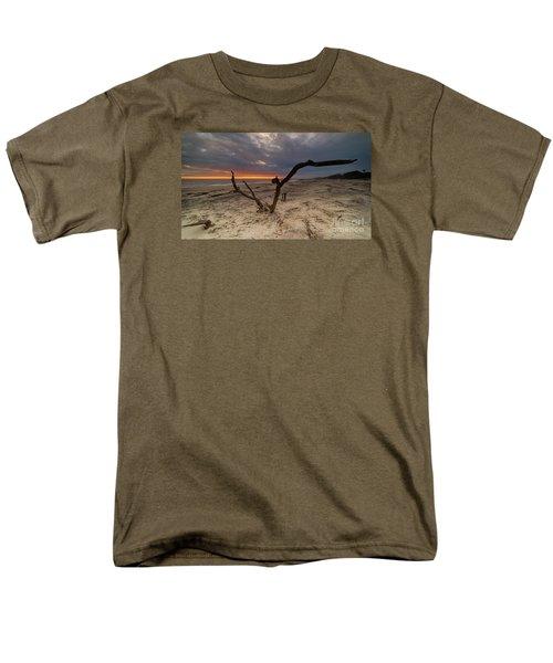 Sun Dragon  Men's T-Shirt  (Regular Fit) by Robert Loe