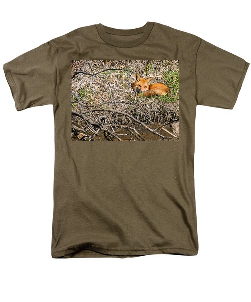 Men's T-Shirt  (Regular Fit) featuring the photograph Fox Napping by Edward Peterson
