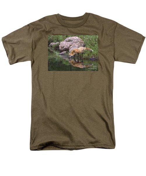 Men's T-Shirt  (Regular Fit) featuring the photograph Foxy Reflection by Myrna Bradshaw
