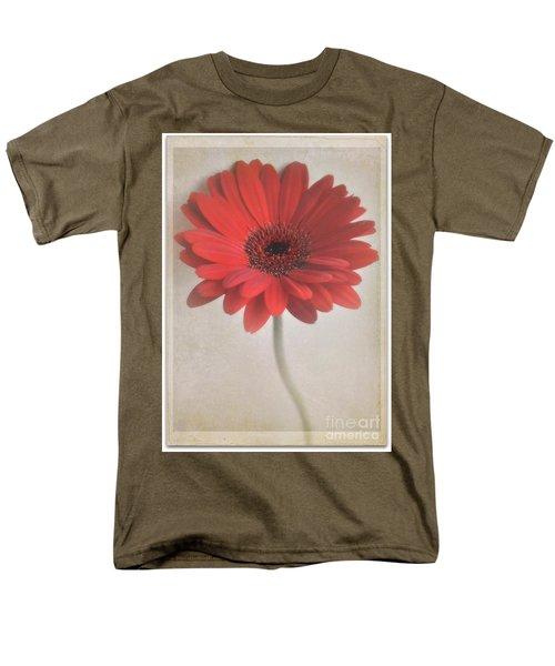 Men's T-Shirt  (Regular Fit) featuring the photograph Gerbera Daisy by Lyn Randle