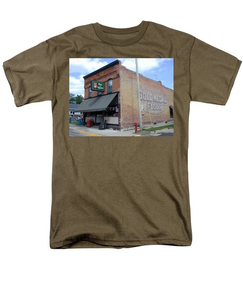 Men's T-Shirt  (Regular Fit) featuring the photograph Gina's Pies Are Square by Mark Czerniec