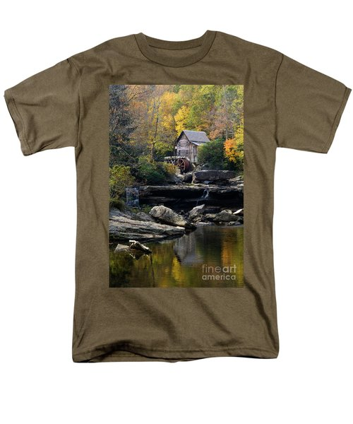 Men's T-Shirt  (Regular Fit) featuring the photograph Glade Creek Grist Mill - D009975 by Daniel Dempster
