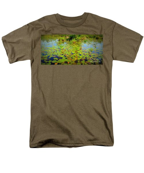 Gorham Pond Lily Pads Men's T-Shirt  (Regular Fit) by Susan Lafleur