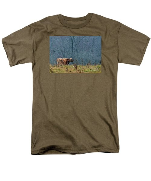 Men's T-Shirt  (Regular Fit) featuring the photograph Grazing In Winter by Christian Mattison