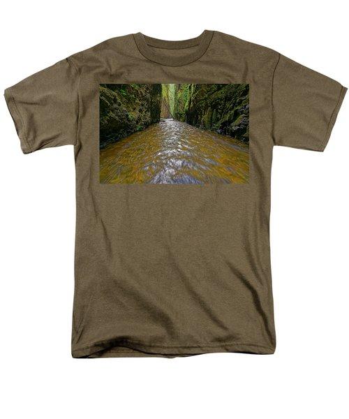 Green Flow Men's T-Shirt  (Regular Fit) by Jonathan Davison