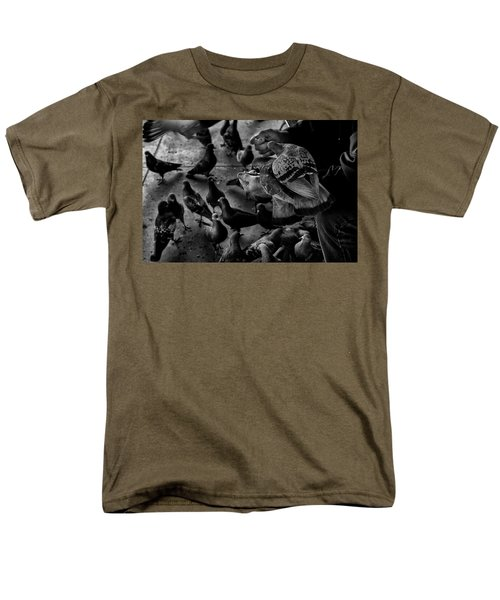 Hand Feeding Men's T-Shirt  (Regular Fit) by James David Phenicie