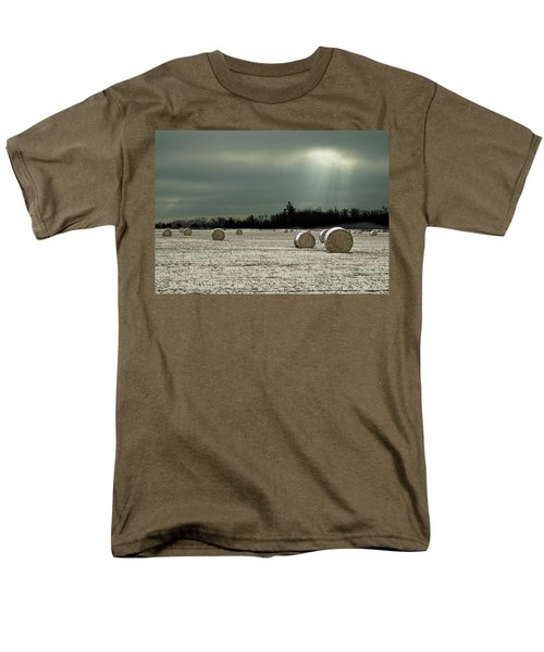 Hay Bales In The Snow Men's T-Shirt  (Regular Fit) by Judy Johnson
