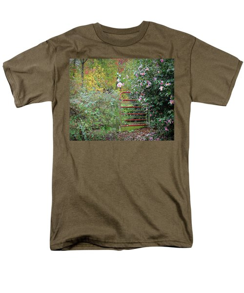 Hidden Gate Men's T-Shirt  (Regular Fit) by Bellesouth Studio