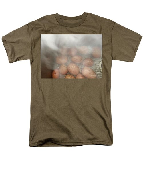 Men's T-Shirt  (Regular Fit) featuring the photograph Hot Potato by Kim Nelson