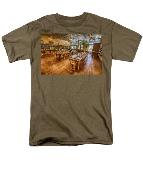 Hye Market General Store Men's T-Shirt  (Regular Fit) by Kathy Adams Clark