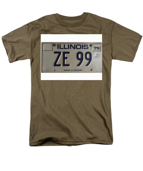 Illinois License Men's T-Shirt  (Regular Fit) by Bill Owen