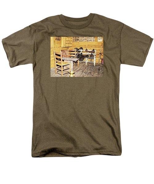 In The Barn Men's T-Shirt  (Regular Fit) by Susan Leggett