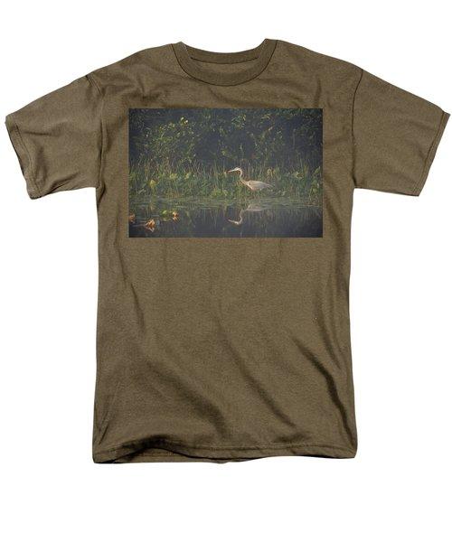 In The Mist Men's T-Shirt  (Regular Fit)