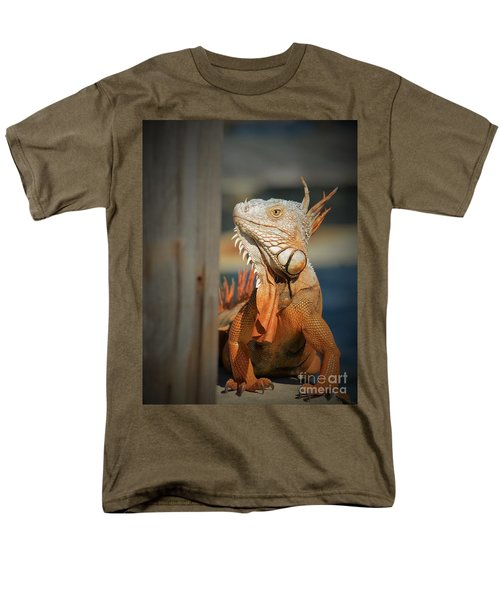 Men's T-Shirt  (Regular Fit) featuring the photograph Just Around The Corner by Pamela Blizzard
