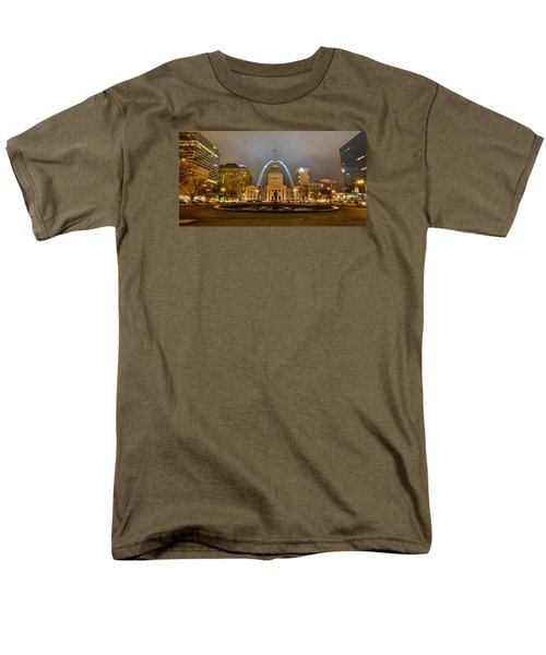 Kiener Plaza And The Gateway Arch Men's T-Shirt  (Regular Fit) by Matthew Chapman