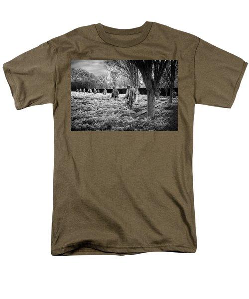 Korean War Memorial Men's T-Shirt  (Regular Fit) by Paul Seymour