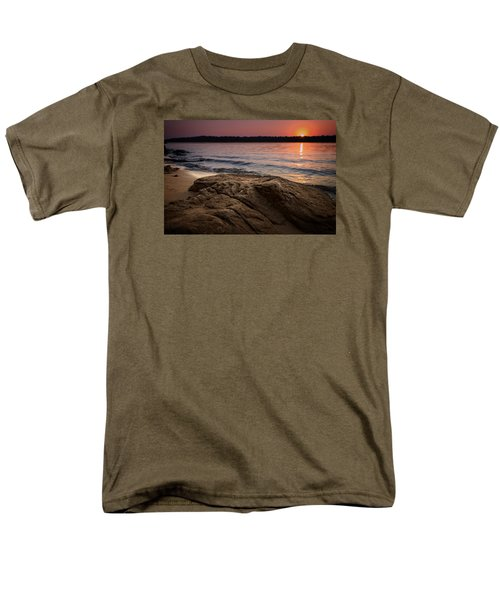 Lake Sunset Vi Men's T-Shirt  (Regular Fit)