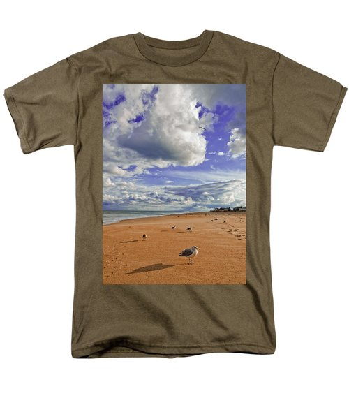 Men's T-Shirt  (Regular Fit) featuring the photograph Last Day At The Beach by Jim Moore