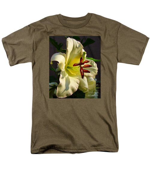 Lily's Morning Men's T-Shirt  (Regular Fit)