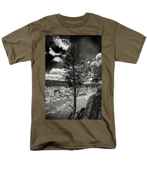 Lone Tree Men's T-Shirt  (Regular Fit) by Paul Seymour