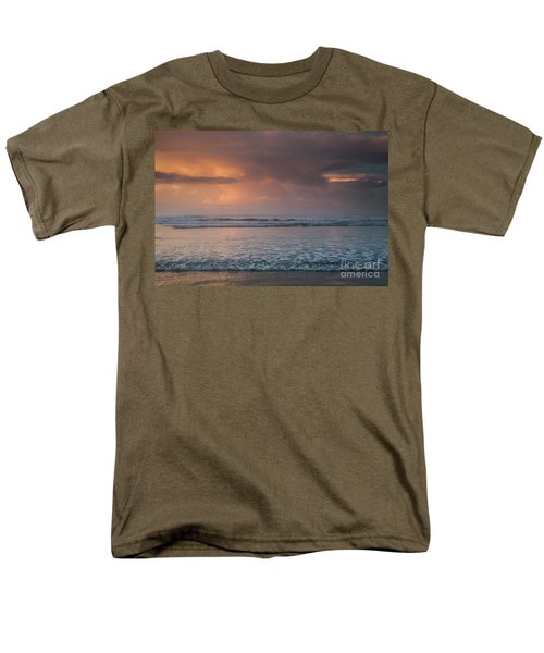 Low Tide  Men's T-Shirt  (Regular Fit) by Iris Greenwell