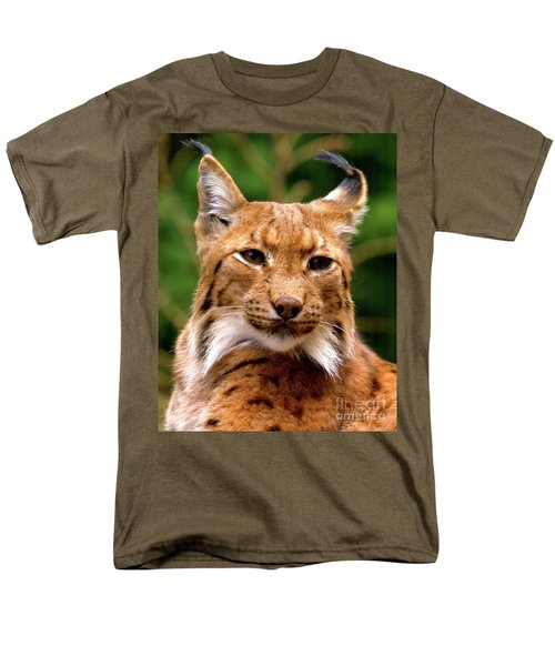 Lynx Portrait Men's T-Shirt  (Regular Fit)