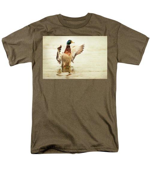 Mallard Men's T-Shirt  (Regular Fit) by Everet Regal