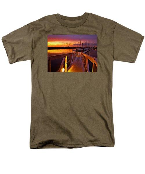 Marina Sunset Men's T-Shirt  (Regular Fit) by Laura Ragland