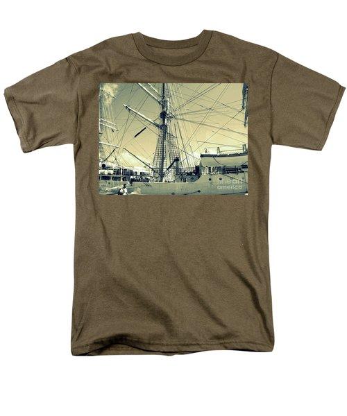 Maritime Spiderweb Men's T-Shirt  (Regular Fit) by Susan Lafleur