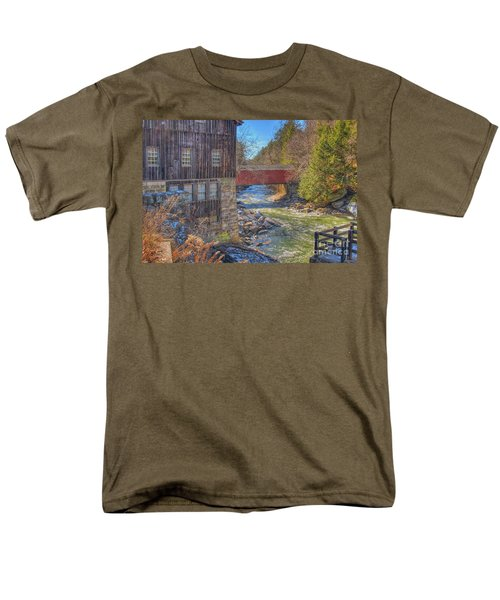 Mcconnells Mill Winter  Men's T-Shirt  (Regular Fit) by Randy Steele