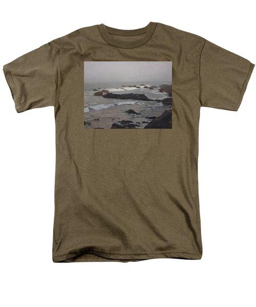Misty Morning At Ragged Point, California Men's T-Shirt  (Regular Fit)