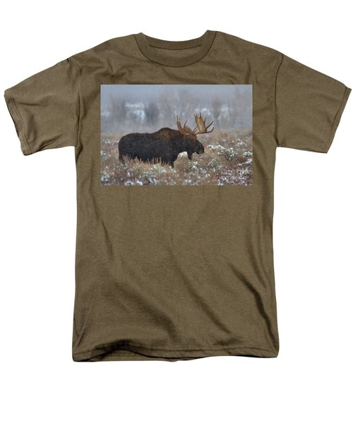 Men's T-Shirt  (Regular Fit) featuring the photograph Moose In The Fog by Adam Jewell