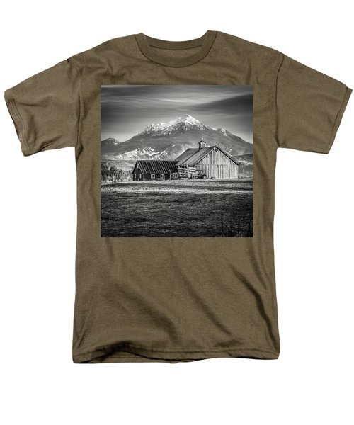 Mt Pilchuck Men's T-Shirt  (Regular Fit) by Tony Locke