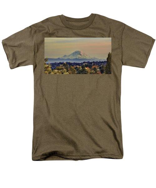 Mt Rainer Fall Color Rising Men's T-Shirt  (Regular Fit)