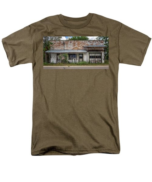 No Service Men's T-Shirt  (Regular Fit) by Cynthia Traun