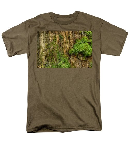Men's T-Shirt  (Regular Fit) featuring the photograph North Side Of The Tree by Mike Eingle