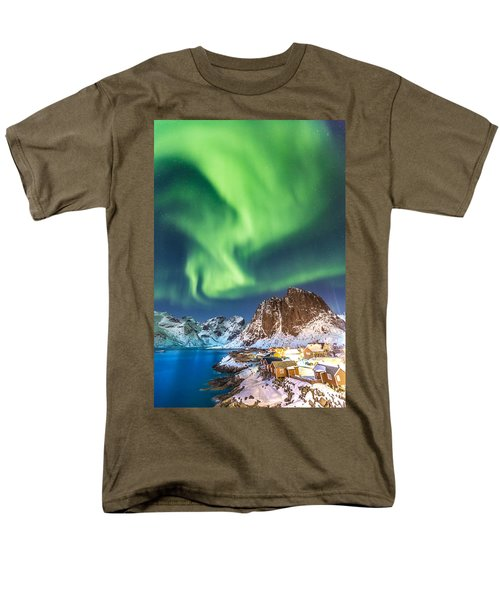 Northern Lights In Hamnoy Men's T-Shirt  (Regular Fit) by Alex Conu
