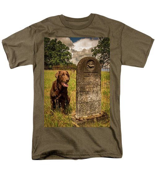 Men's T-Shirt  (Regular Fit) featuring the photograph Nute In The Cemetery by Jean Noren