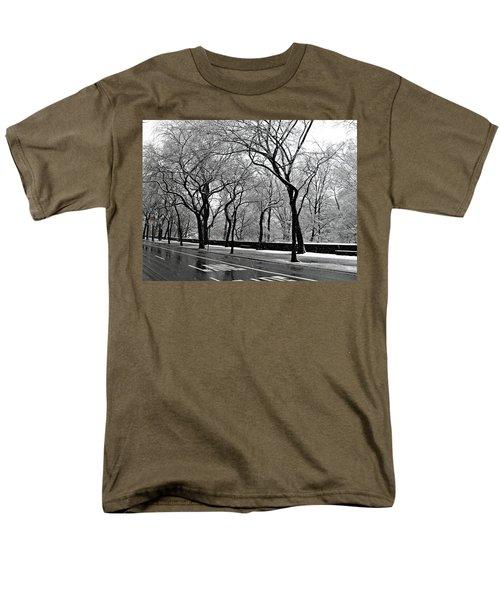 Nyc Winter Wonderland Men's T-Shirt  (Regular Fit) by Vannetta Ferguson