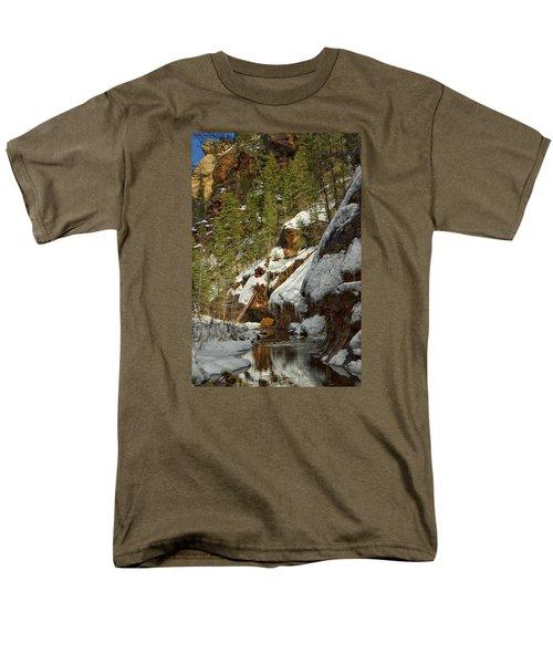 Men's T-Shirt  (Regular Fit) featuring the photograph Oak Creek Beckons by Tom Kelly