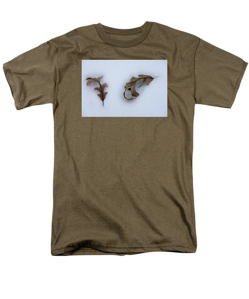 Men's T-Shirt  (Regular Fit) featuring the photograph Oak Leaves by Monte Stevens