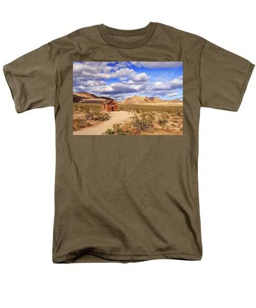 Men's T-Shirt  (Regular Fit) featuring the photograph Old Cabin At Rhyolite by James Eddy