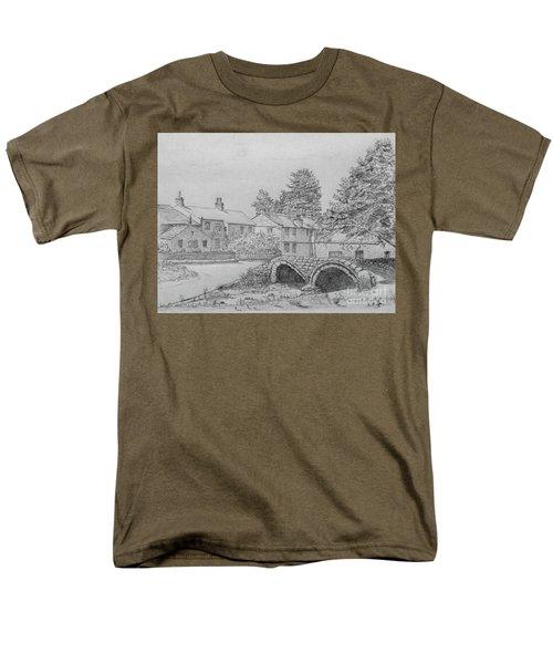 Old Packhorse Bridge Wycoller Men's T-Shirt  (Regular Fit)