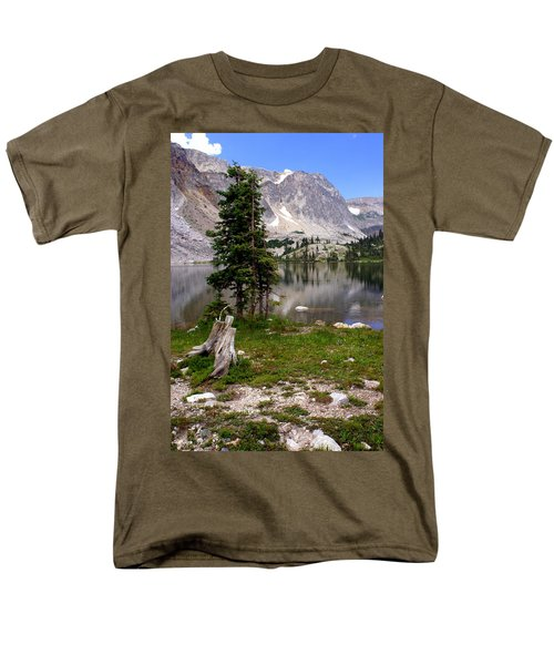 On The Snowy Mountain Loop Men's T-Shirt  (Regular Fit) by Marty Koch