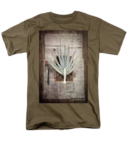 Men's T-Shirt  (Regular Fit) featuring the photograph Onion by Linda Lees
